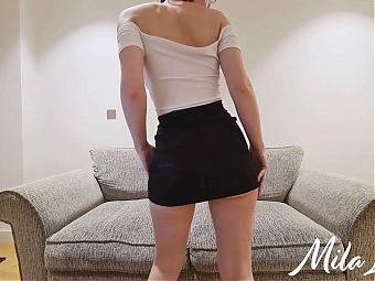 Try On - Dancing and Flashing Big Booty