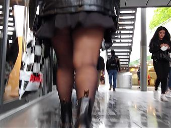 BBW Girl in short black skirt, black pantyhose upskirt, oops