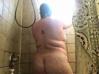 Fat Body Shower Voyeur